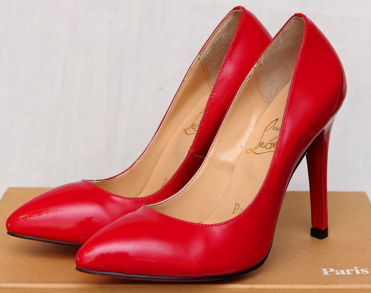 Туфли Christian Louboutin кожаные красные, на 35 размер ноги #18375    Туфли Christian Louboutin кожаные красные, на 35 размер ноги #18375 Натуральная кожа снаружи в внутри Самое лучшее качество без наценок магазина