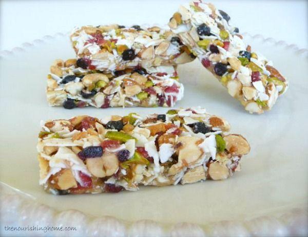 Fruit and nut bars grain free.  Uses honey