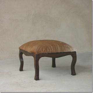 needs a cleaner edge maybe some welting..........: Low Seats, Carvings Margosa, Golden Brown, Pfeifer Studios, Low Stools, Arabesque Carvings, Margosa Wood, Wood Based, Brown Cowhide