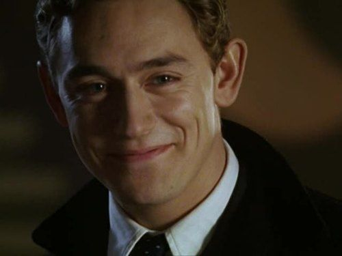 JJ Feild... my love... <3...good lord can you marry mee??!!! It would heal my soul
