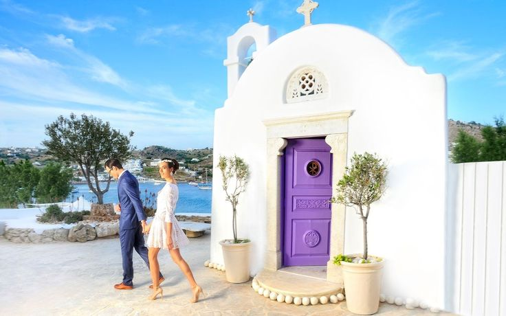 Imagine tying the knot on a wondrous Mykonos sea shore to add that extra frisson of excitement to the day of all days! #KivotosMykonos http://qoo.ly/ffxzz