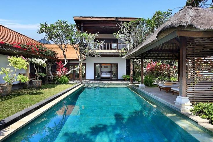 Villa Margarita- NEW Style and luxury on the coast in Jimbaran