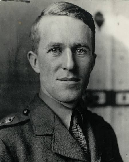 """T. E. Lawrence (""""Lawrence of Arabia""""), British liaison with Arab tribes during World War I."""