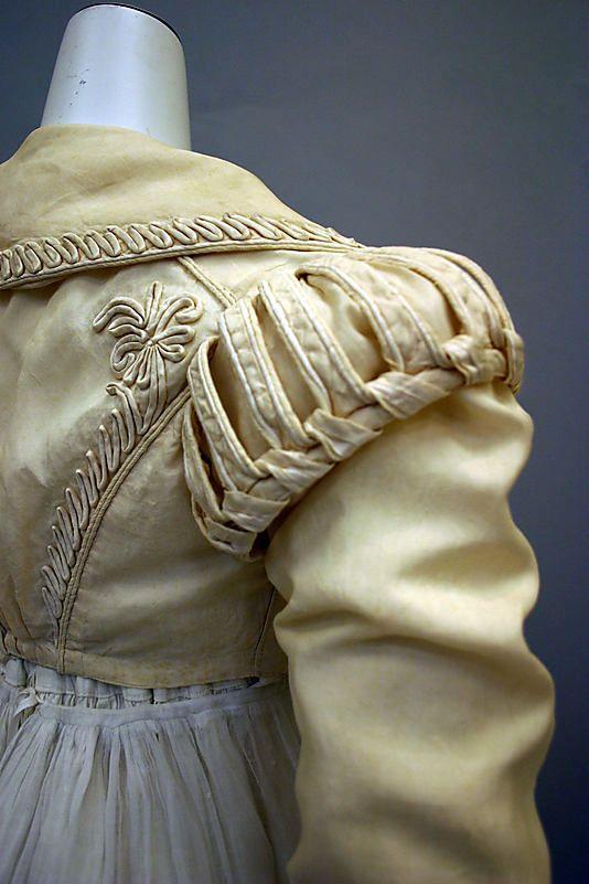 Detail of shoulder, Ensemble, 1820-25, British, silk & cotton, Metropolitan Museum of Art.