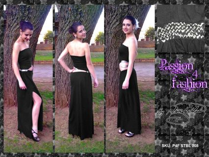 2 piece dress joined by the hip with pleats. Boobtube with angular opening on the tummy.Leg slit.