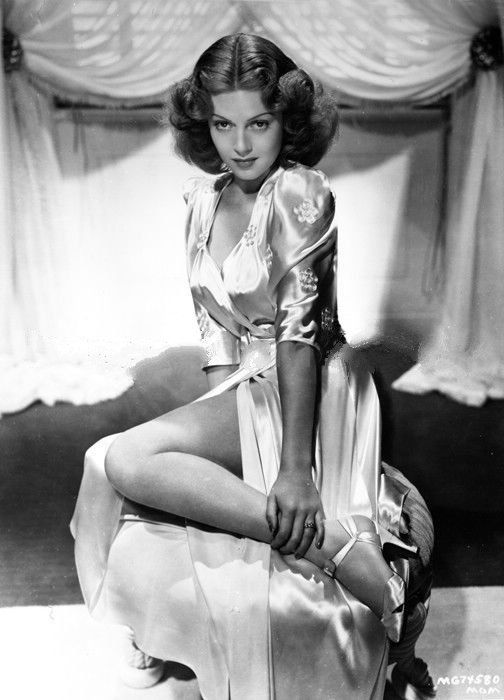 Leggy Lana Turner (with dark hair)