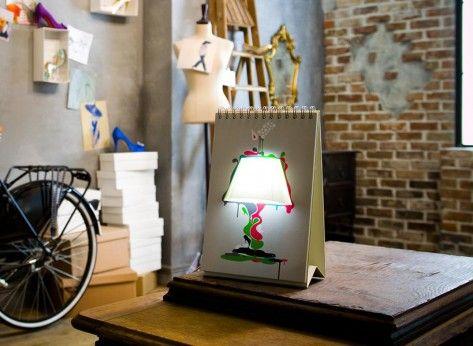 """Lampa creativa """"Fila cu Fila"""" - Mindblower Cadouri speciale pentru nopti tarzii sau idei care schimba pagina"""