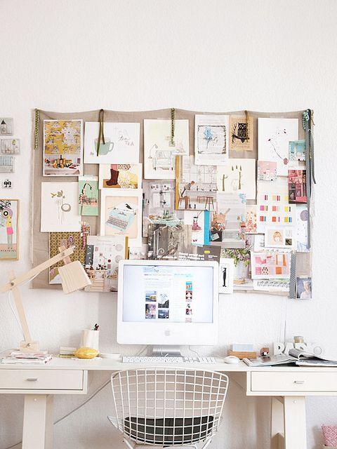 Hjemmekontor, kontor, skrivebord, kontorindretning, inspiration, kontorstol, visionboard, inspirationsvæg, moodboard mindfulstyling.dk...