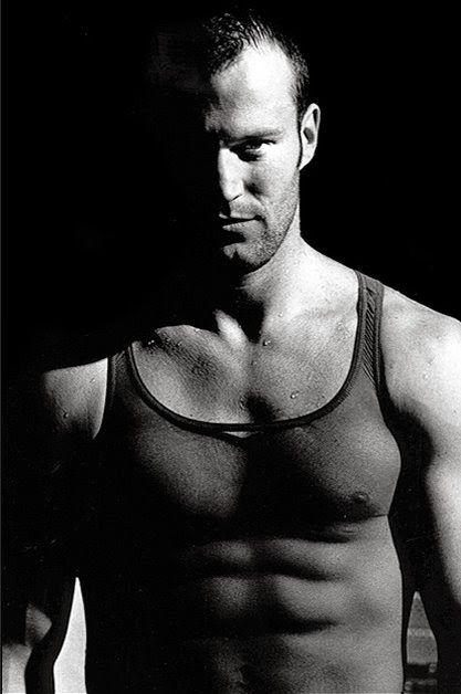 Jason Statham: Jason Statham ... mucho mas joven ...