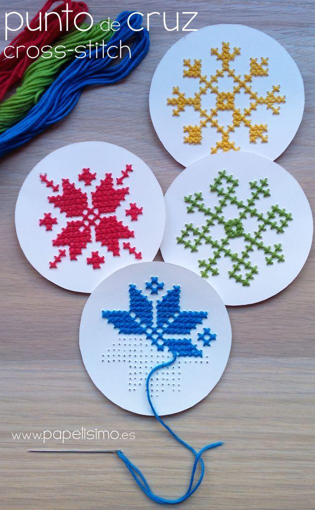 Cómo hacer punto de cruz (para principiantes) en Navidad | http://papelisimo.es/punto-de-cruz-de-navidad-christmas-cross-stitch/