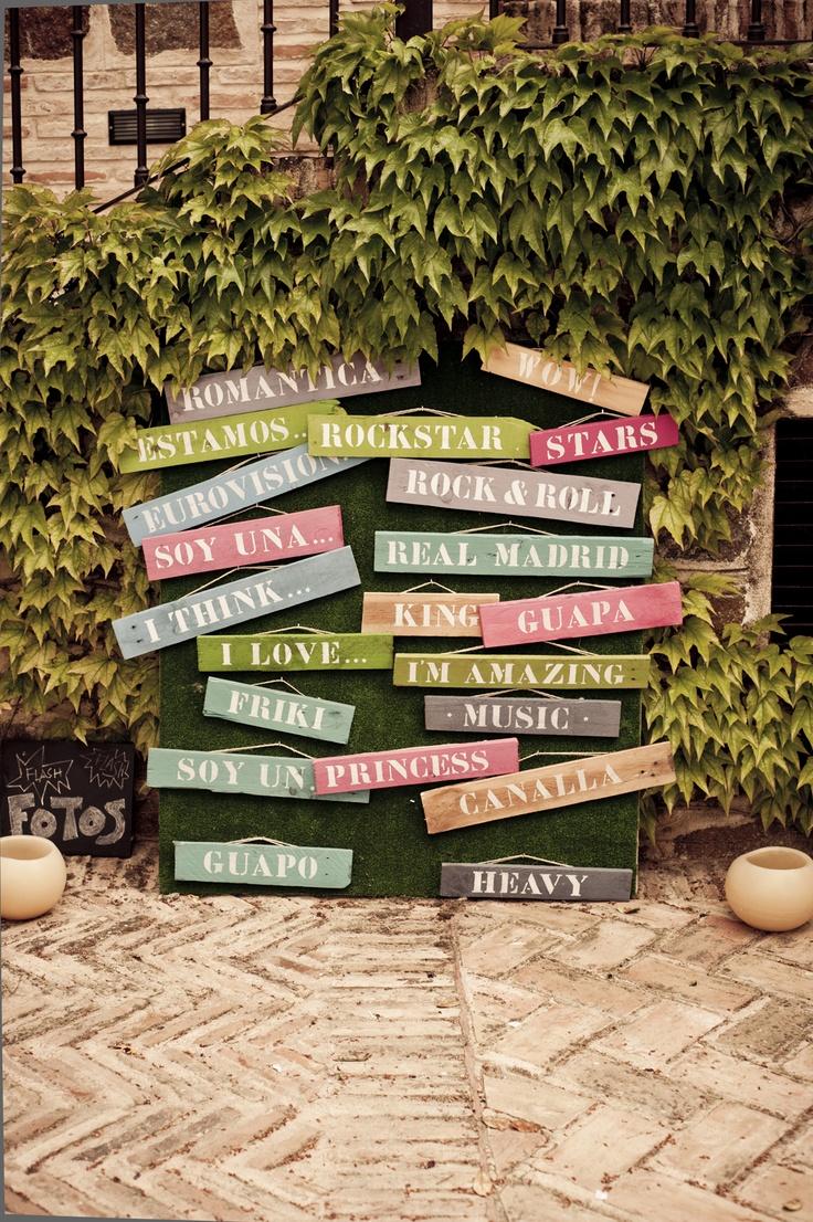 Carteles con mensajes para hacer divertido el photocall · Valentinas Weddings and Parties