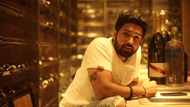 Rossh is a multi-talented artiste. The young composer and singer wish to win the world with his electric tunes and music. He has already impressed the audience with his track in the Sonu Sood and Jackie Chan starrer Kung Fu Yoga. In an interview with BollywoodMDB, the singer-composer opens up...