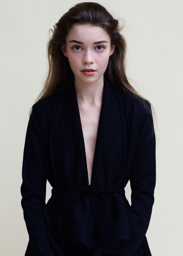 Ida Raun - female model at Le Management