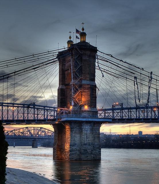 Cincinnati Skyline by Shannon Cayze, via Flickr