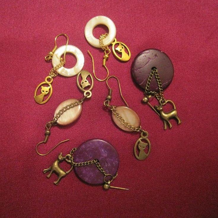 Серьги с кошечками не оставят равнодушной ни одну любительницу животных. #bijoux #bijou #vintage #vintagestyle #vintagebijoux #lecoffre #coffre #fashion #jewelry #jewellery #cat #cats #earings #vintageearrings #бижутерия #бижутерияручнойработы #бижутериямосква #серьги #серьгиручнойработы #украшенияручнойработы #украшения #кошки #натуральныекамни #кокос #перламутр