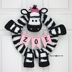Download this free pattern at allcrochetpatterns.net zebra wreath