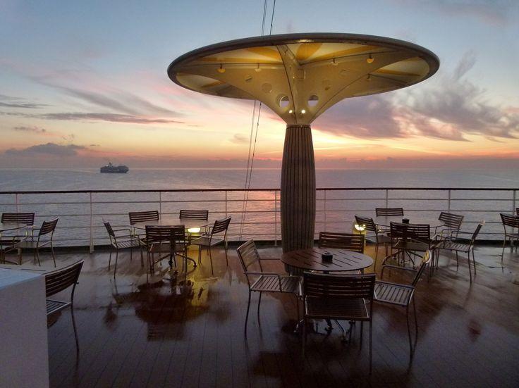 Cruise feeling: summer morning.
