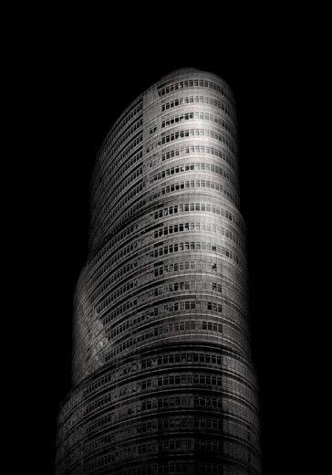 Kung e le sue 'città invisibili' un viaggio fra notte e realtà