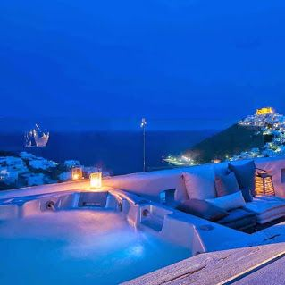Visits one of the islands of Eastern Greece! Enjoy your summer vacations in luxury hotels and unique destinations in the best prices! Special offers for 2015 available now! http://www.finesthotels.net/en/hotels-in/europe-greece-dodecaneseislands.html