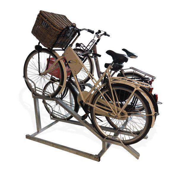 FalcoCrate: een fietsenrek speciaal ontwikkeld voor kratfietsen. Erg geschikt voor plaatsing bij scholen of andere plekken waar veel jonge mensen hun fiets parkeren.