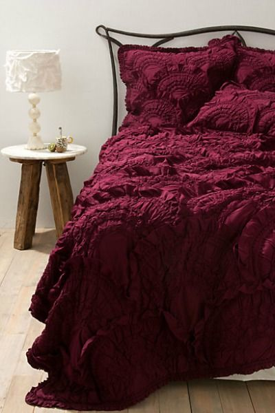 6 Cozy Bedding Sets to Snuggle Up in Together This Fall. Which Would You Choose?: Smitten