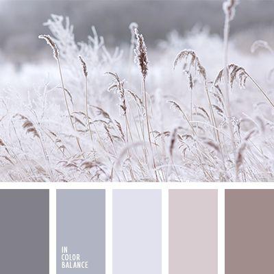 Es una combinación calmante de colores gris, celeste grisáceo, beige grisáceo y rosado grisáceo. Tal gama de tonos pastel creará un ambiente relajante y confortable en tu cuarto de baño. Del mismo modo puedes utilizarla para decorar un dormitorio o un salón.