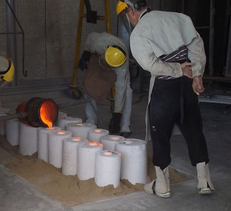 During a bronze pour at the Foundry, Strathnairn Arts, 30 Sept 2014.