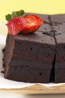 Resep Bolu Kukus Coklat (Brokus) enak dan mudah untuk dibuat. Di sini ada cara membuat yang jelas dan mudah diikuti.