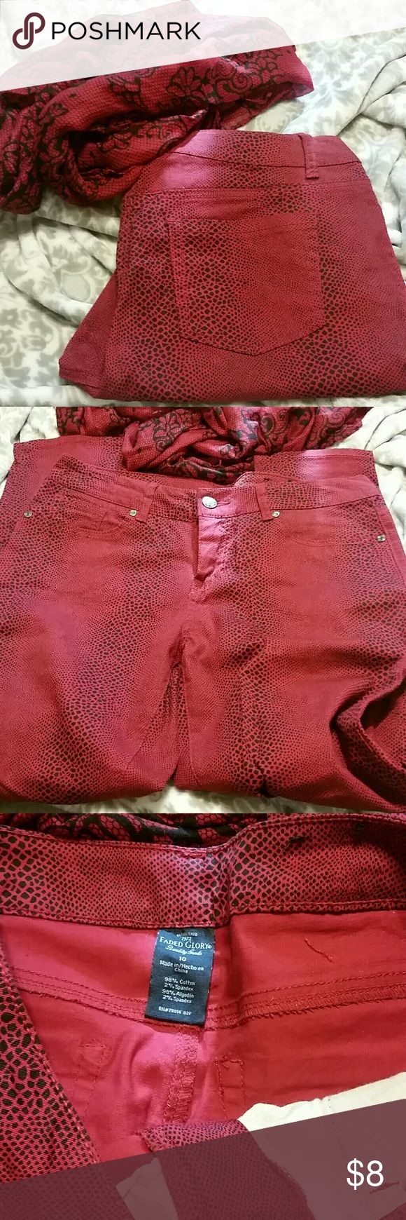 Black and red snake print skinny pants Black and red snake print Pants Skinny