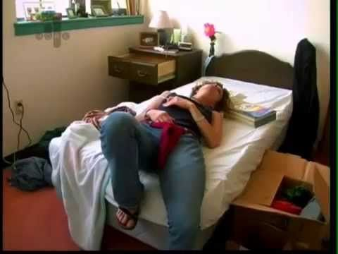 Documentary about women living in an eating disorder clinic.