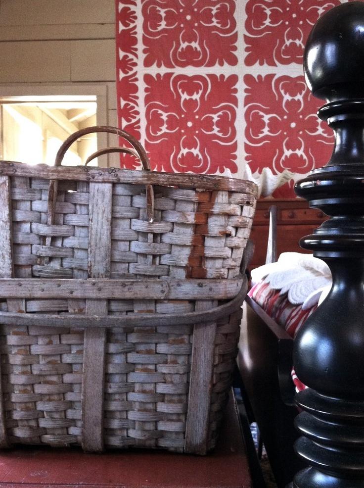 Old painted harvest baskets: Harvest Baskets, Prim Baskets, Work Baskets, Baskets Baskets, Country Styles, Farmhouse Styles, Baskets Cases, Baskets Galor, Baskets Collection