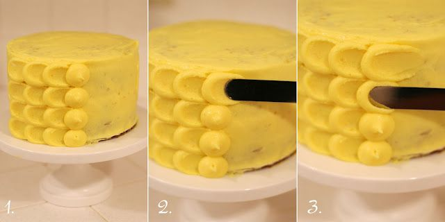 How to frost a cake using a petal or scale effect