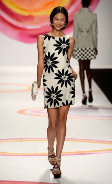 this reminds me of the 90s. in a good way. DESIGUAL - NYFW -