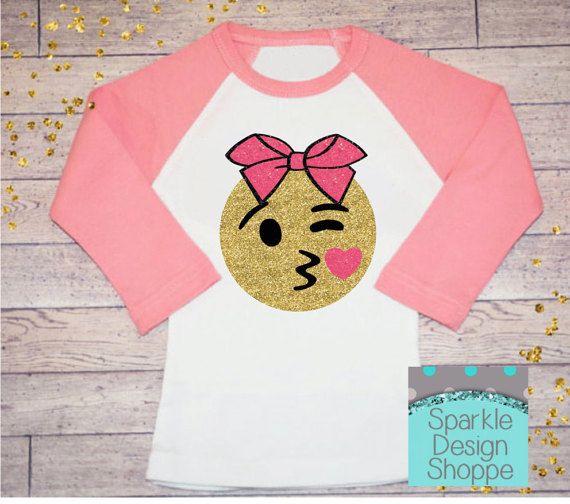Emoji shirt ~ kissing emoji~ Girls Raglan Shirt