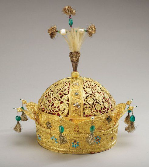 Crown of Bahadur Shah II (circa 1825-1850).