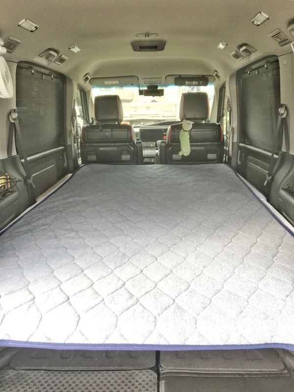 ステップワゴンに車中泊用フラットベッドをdiy アルミフレームを使い2万円ほどで自作できます 2列目シートはすぐに起こせる構造なので使い勝手がいいですよ 車中泊 ステップワゴン 車中泊 ベッド