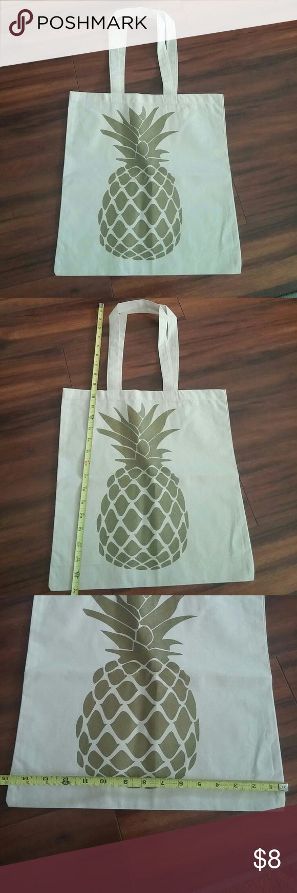 NWOT Pineapple tote! Gold pineapple on cream tote bag! 100% cotton Bags Totes