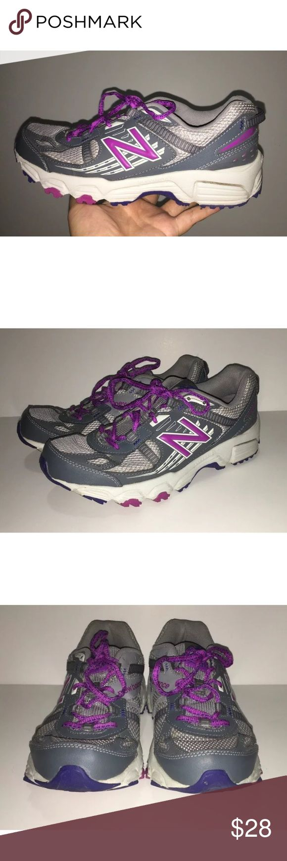 New Balance 410 v4 Trail Running Womens 8.5 Creasing SHOWN IN PHOTOS 4&7. XLT Footbed 410 v4 Trail Running Lace Up Gray Purple Shoes Womens size 8.5 New Balance Shoes Athletic Shoes