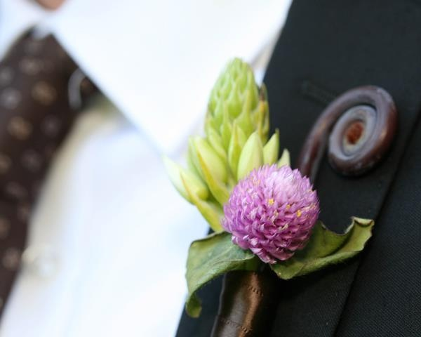 Fairy Tale Wedding: boutonniere