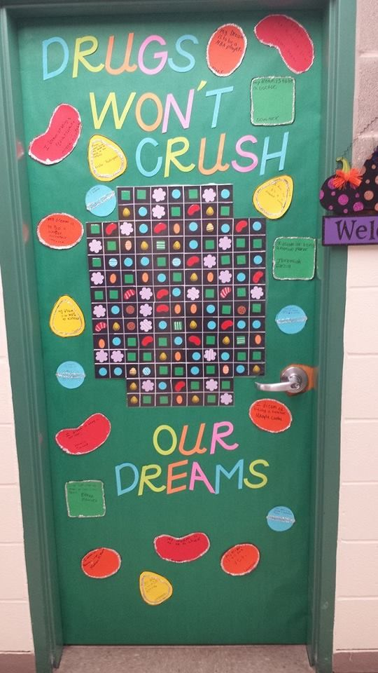 Red Ribbon Week Door Decorating Contest School Pinterest Red Ribbon Week The O 39 Jays And