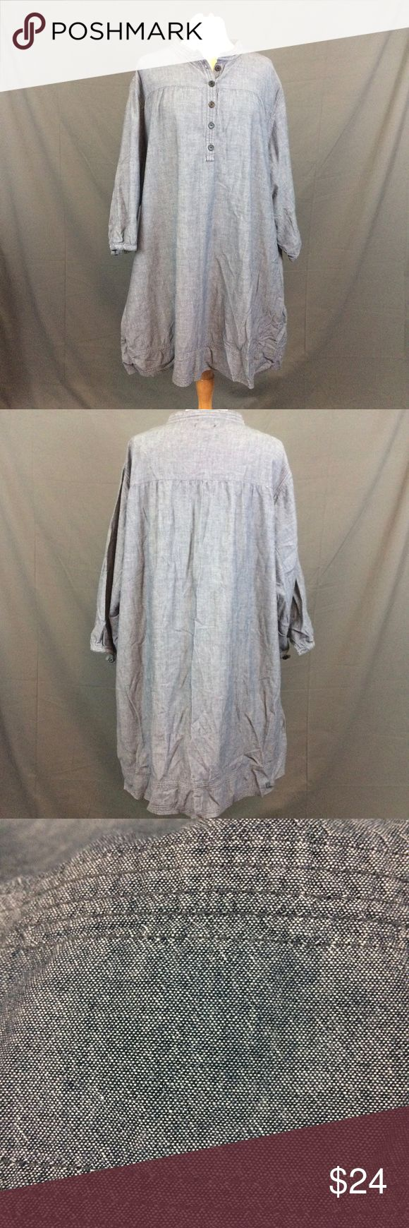 "Chambray Denim Tunic Dress Pullover Side Pockets Plus Size Chambray Denim Tunic Dress Pullover Side Pockets Long Sleeve Size 28W  Camera lightened this item, close ups are actual color.   Underarm to underarm is approx 30"" Length is approx 37 Silhouettes Tops Tunics"