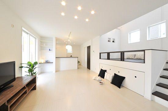 2段式リビングのある吹き抜け大空間の家 | 徳島の注文住宅・設計事務所工務店|さくらホーム