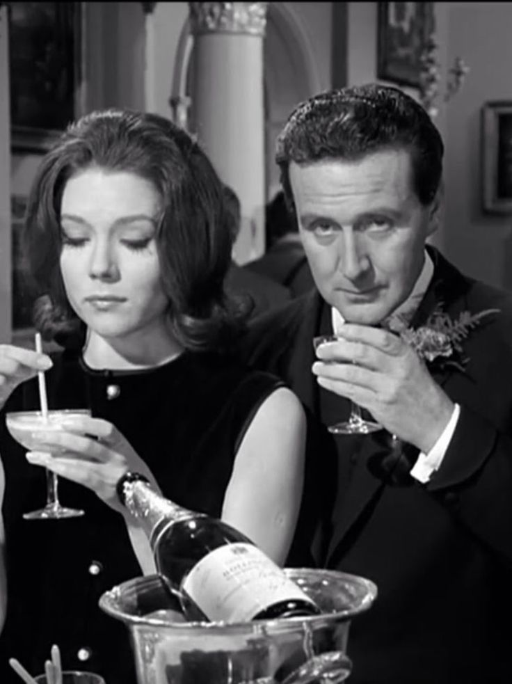 Diana Rigg and Patrick Macnee: The Avengers - Emma Peel & John Steed