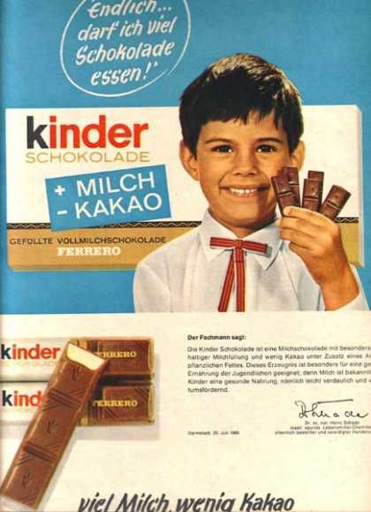 Auf Deutsch. I had these as a kid in Iceland :) they had Kinder Eggs too which had toys inside them.