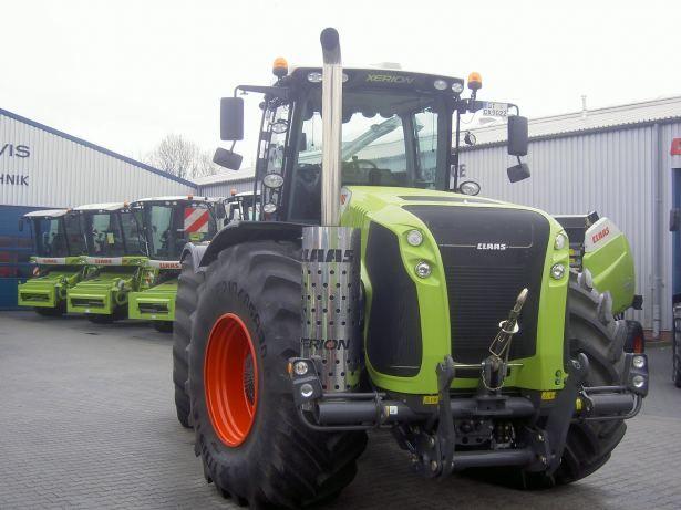 Tracteur Claas - Xerion 4500 433 ch  355 kw