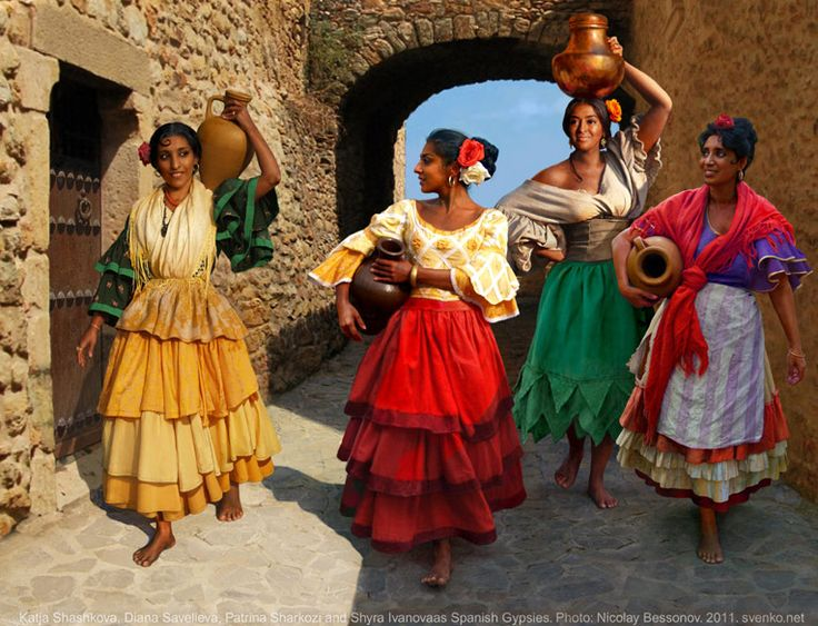 gypsy woman artwork | Spanish Gypsy women's costume. XIX century
