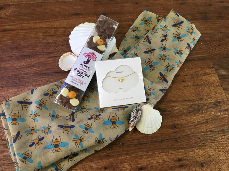Great gift ideas for a bumble bee fan🐝