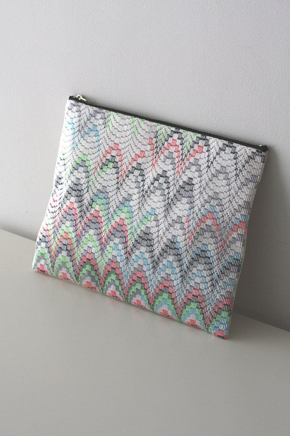 Bargello beads clutch by CresusArtisanat on Etsy
