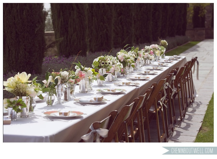 marching silver and glass vasesMansions Wedding, Shabby Chic Wedding, Tables Sets, Wedding Ideas, Pretty Tables, Languages Of Flower, Head Tables, Long Tables, Tables Decor