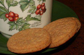 Close to McVitie's Digestive Biscuits recipe | BigOven